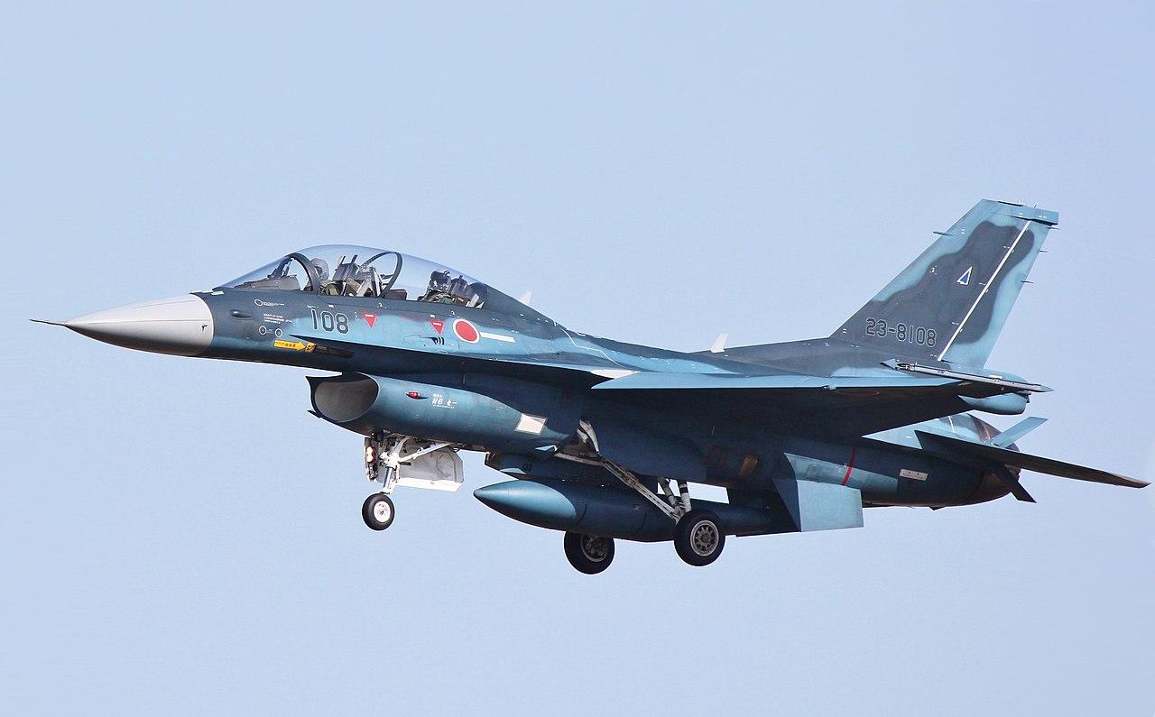 اليابان تخطط لبيع مقاتلاتها القديمه نوع F-15 الى الولايات المتحده  - صفحة 2 1280px-20170810034434%21Mitsubishi_F-2_in_flight_23_%28cropped%29