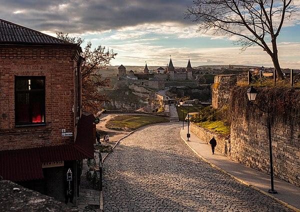 Вид на фортецю, Кам'янець-Подільський, © Максим Присяжнюк, ліцензія CC-BY-SA-4.0