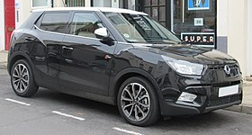 2017 SsangYong Tivoli Elx Automatic 1.6 Front.jpg