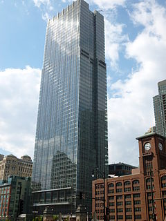 300 North LaSalle in 2011.JPG