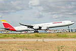 A340 Iberia EC-LEU (14334386383).jpg