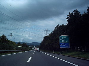 A4 motorway (Switzerland) - The A4 between Rotkreuz and Zug (August 2004 image)