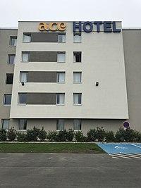 ACE Hôtel Paris Roissy - extérieur.JPG