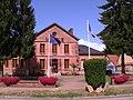 Acquigny mairie 1112.jpg