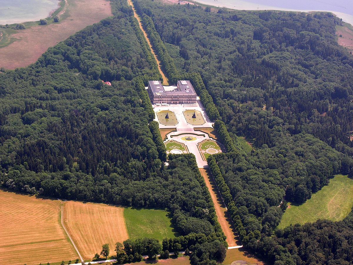 Castelul Herrenchiemsee - Wikipedia