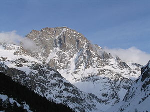 Ailefroide - North-west face of the Ailefroide seen from le Plan du Carrellet