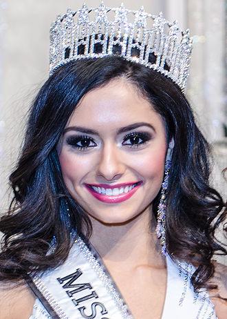 Miss Kansas USA - Alexis Railsback was crowned Miss Kansas USA 2015