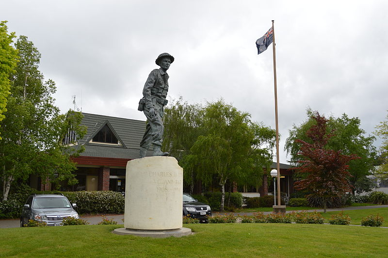 Amberley statue nz