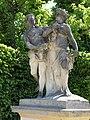 Amor and Psyche - Skulptur im Barockgarten Grosssednitz.JPG