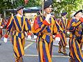 Anciens gardes suisses pontificaux à Lausanne 11.jpg