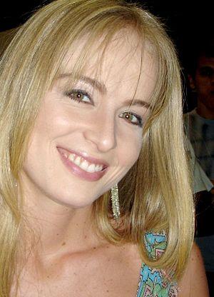 Angélica (television host) - Image: Angélica cropped