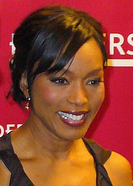 Angela Bassett 2 by David Shankbone (cropped).jpg