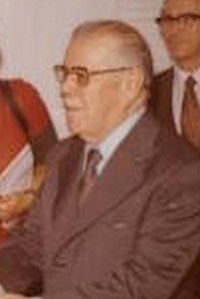 Aparicio Méndez.jpg