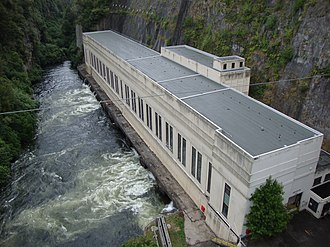 Electricity sector in New Zealand - Arapuni Power Station on the Waikato River. Completed in 1929, it was the first major development after the now-closed Horahora on the Waikato River.