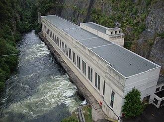 Arapuni Power Station - Arapuni power station, as seen from the Arapuni Suspension Bridge