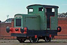 Ruston Bucyrus- macchine 220px-Atlantic_Avenue%2C_1998_Ruston_48DS_0-4-0_Diesel_Shunter%2C_Geograph-2860386-by-El-Pollock