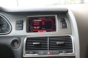 Audi Q7 - Multi Media Interface on Audi Q7