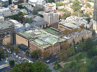 College Street, Sydney street in Sydney
