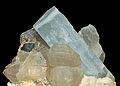Béryl var. aigue-marine, tourmaline var. schorl, quartz et orthose (Erongo Mounts - Namibia).jpg