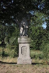 Bílý Potok, socha Jana Nepomuckého (1).jpg