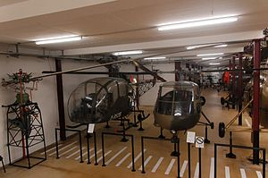 Bückeburg Hubschraubermuseum 2011-by-RaBoe-49.jpg