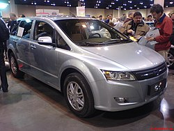 http://upload.wikimedia.org/wikipedia/commons/thumb/2/24/BYD_plug-in_electric_car.jpg/250px-BYD_plug-in_electric_car.jpg