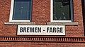 Bahnhofsschild Bremen-Farge 2005210951.jpg
