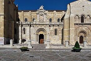Basílica de San Isidoro de León. Fachada principal