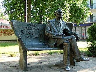 Isaac Bashevis Singer - Singer's bench in Biłgoraj