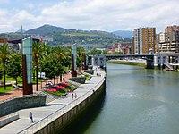 Bilbao - Muelle Evaristo Churruca.jpg