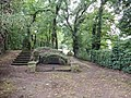 Blick vom Eingang über den Jüdischen Friedhof Meppen.jpg