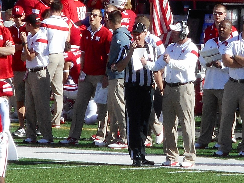 Bo Pelini talking to an official (Nebraska vs. Rutgers, 2014)
