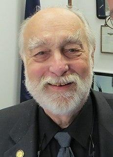 Bob Lynn American politician