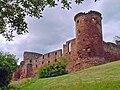 Bothwell Castle 01.jpg