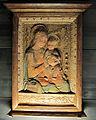 Bottega di antonio rossellino, madonna col bambino, xv secolo, stucco.JPG