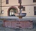 Brunnen Bronnbach unterer Wirtschaftshof.jpg