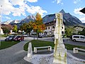 Brunnen an der Tourist-Information.jpg