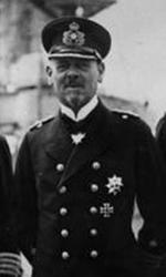 Bundesarchiv Bild 183-R10687, Vizeadmiral Hipper mit Stab cropped