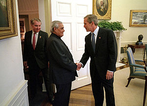 Atal Bihari Vajpayee - A.B.Vajpayee meeting President Bush in the White House in 2001.