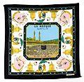 COLLECTIE TROPENMUSEUM Hoofddoek voor vrouwen met afbeelding van Mekka en handjes van Fatima TMnr 4956-239.jpg
