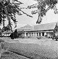 COLLECTIE TROPENMUSEUM Pladjoe ziekenhuis TMnr 10006818.jpg