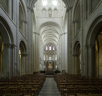 Abbey of Saint-Étienne, Caen - Interior view of St.-Étienne