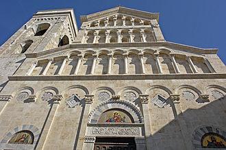 Cagliari Cathedral - Neo-Gothic façade
