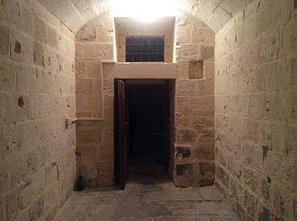 Castellania (Valletta) - A prison cell in the Castellania