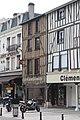 Châlons-en-Champagne, Haus Place de la République 16.JPG