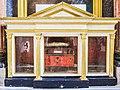 Châsse-reliquaire de Saint-Urbain.jpg