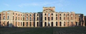 Vidame de Chartres - The ruins of the Château de la Ferté-Vidame in 2005