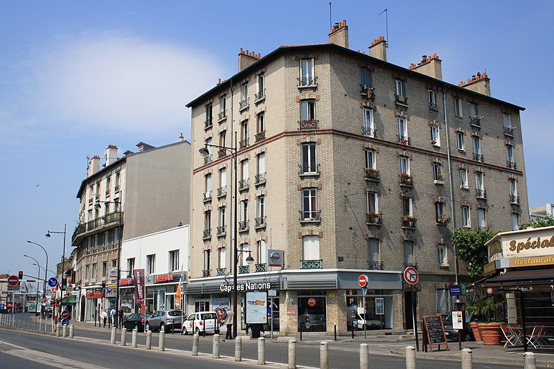 Champigny-sur-Marne France  city photos gallery : Description Champigny sur Marne 2011 9 Avenue du General de Gaulle 1 ...