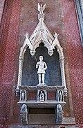 Chapel of Mary Magdalene - Monument of Admiral Vettor Pisani.jpg