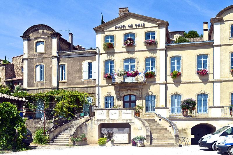 Hotel Charmes Sur Rhone
